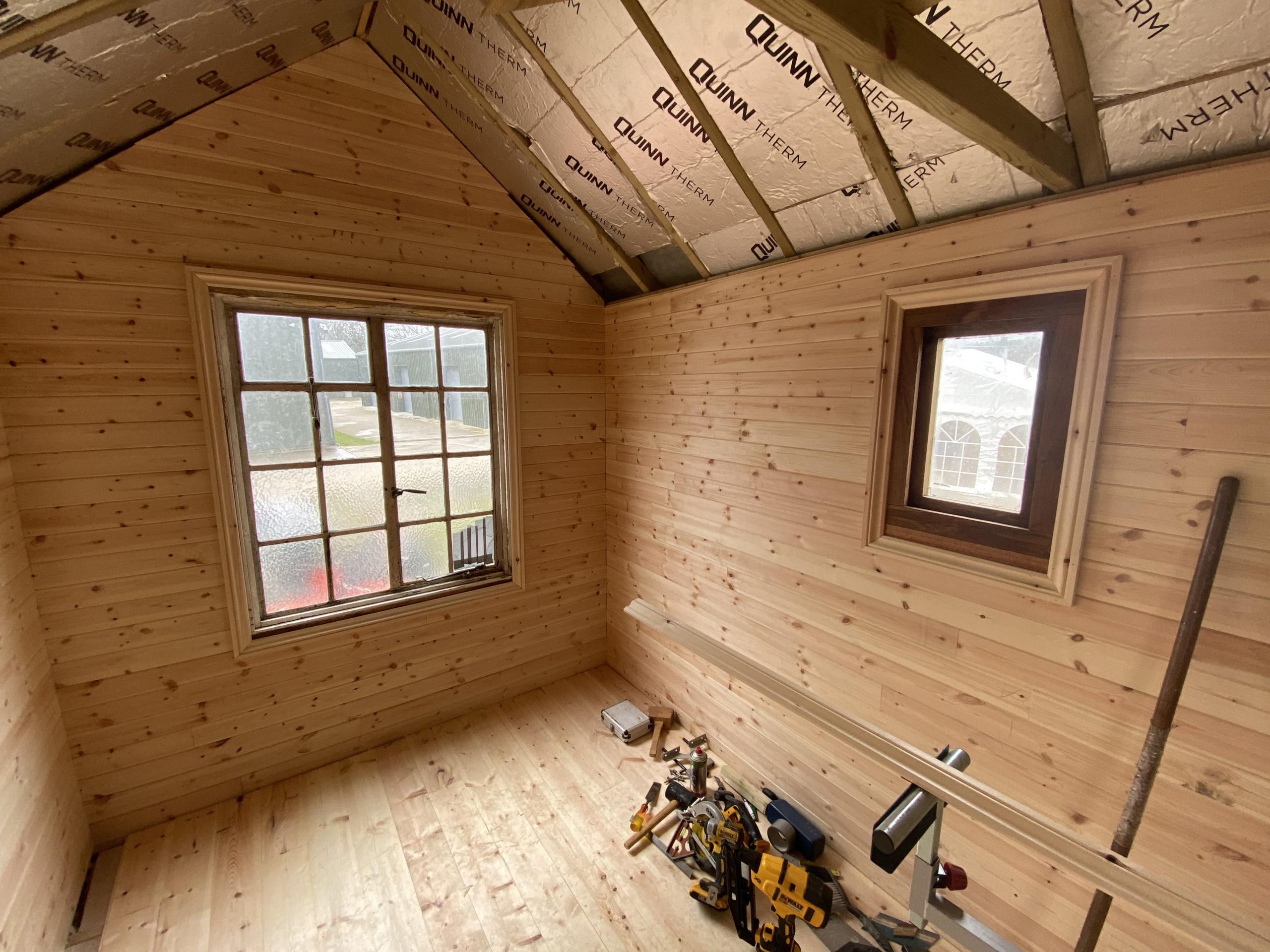 Inside-living-van